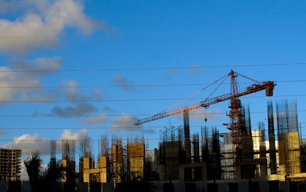 La reactivación económica se dará a través de la construcción